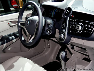 2010 Honda Insight interior pictures