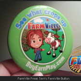 FarmVille: Husband gifts Exclusive Button from 7-Eleven Clerk to Wife