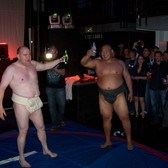 Hi5 beats Facebook in real-world sumo-wrestling showdown