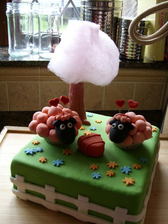 farmville cake sheep valentine's day