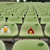 Stadiums full of people become Angry Birds players with Uplause