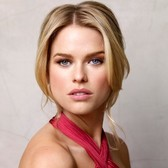 Yet another celebrity, Alice Eve, falls to Words With Friends's charms