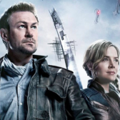 Interview: Defiance stars Grant Bowler and Julie Benz discuss the game and seas