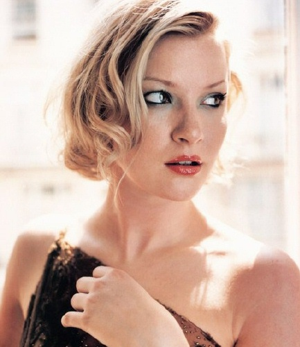 The 44-year old daughter of father (?) and mother Janet Morgan, 168 cm tall Gretchen Mol in 2017 photo