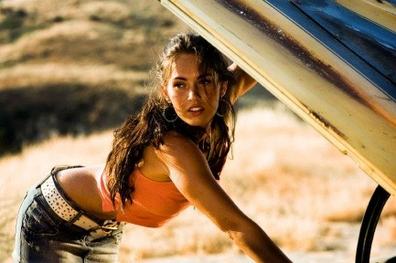 megan fox transformers 2 hot. megan fox transformers 2 hot