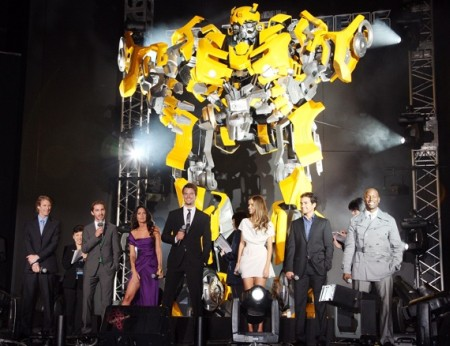 'Transformers: Revenge of the Fallen' Premiere in Tokyo (MichaelBay.com)
