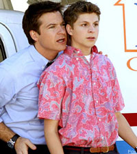 Jason Bateman an Michael Cera in Arrested Development