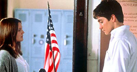 Drew Barrymore and Jake Gyllenhaal in 'Donnie Darko'