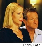 Mira Sorvino, Robin Williams in 'The Final Cut'