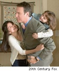 Selena Gomez, John Corbett, and Joey King in 'Ramona and Beezus'