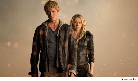 alex pettyfer and teresa palmer in i am number four2 1298066897 Is Party Girl Plus One the new Sex and .
