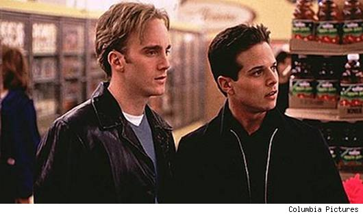 Jay Mohr and Scott Wolf in 'Go'