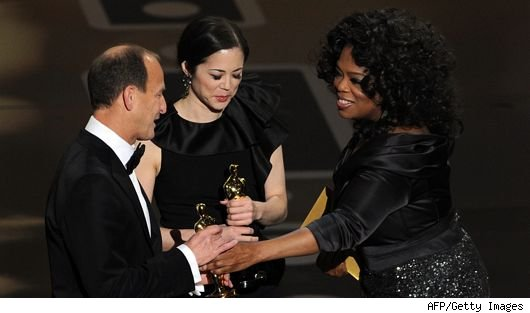 oprah winfrey oscars 2011 1 Does Oprah Deserve an Oscar?