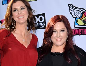 Wendy Wilson, Carnie Wilson