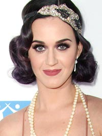 Katy Perry nose ring scar