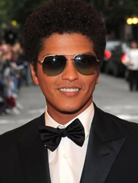 Bruno Mars Buys Mansion