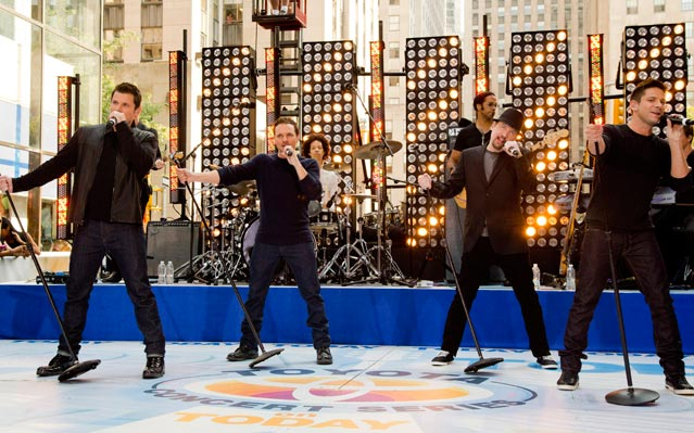 98 Degrees Reunion Performance