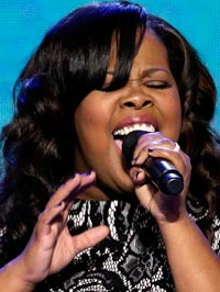 Amber Riley DNC national anthem