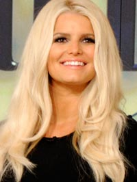 jessica simpson 200 091212 Here's a tip for Christina Aguilera's stylist come next year's American ...