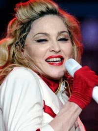 Madonna Booed On Stage For Supporting Obama
