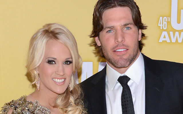 Carrie underwood mike fisher hockey and holidays throw marriage