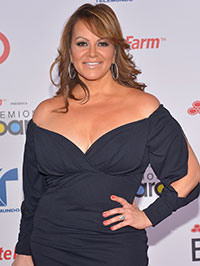 Jenni Rivera dies in plane crash