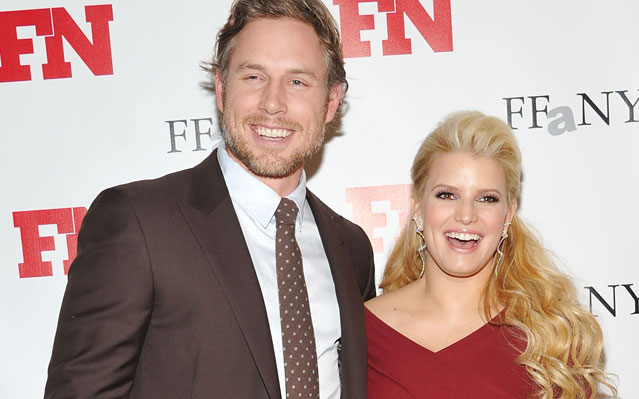 Jessica Simpson: Pregnancy Interrupts Marriage Plans ... Again!