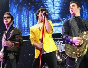 Jonas Brothers Sued fan
