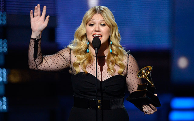 kelly clarkson 2013 grammy speech