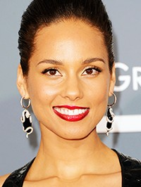 Alicia Keys Uses Gummy Bears to Maintain Her Singing Voice