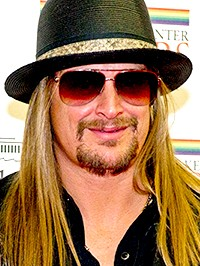 Kid Rock Gets Bored on the Road Between Concerts