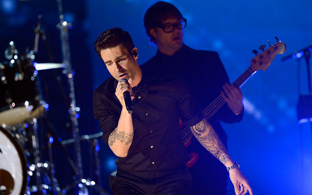 maroon 5 summer tour dates with kelly clarkson