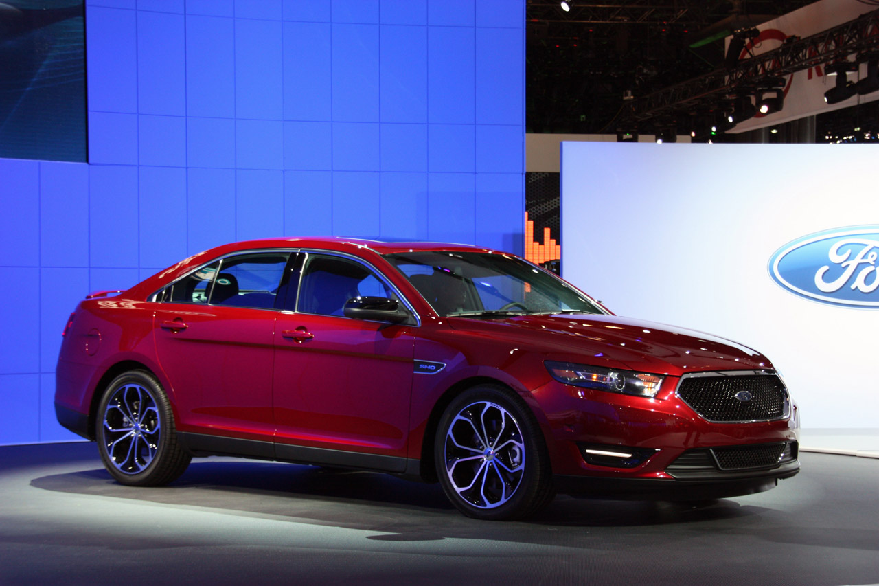 2013 ford taurus sho new york 2011 photo gallery autoblog canada. Black Bedroom Furniture Sets. Home Design Ideas