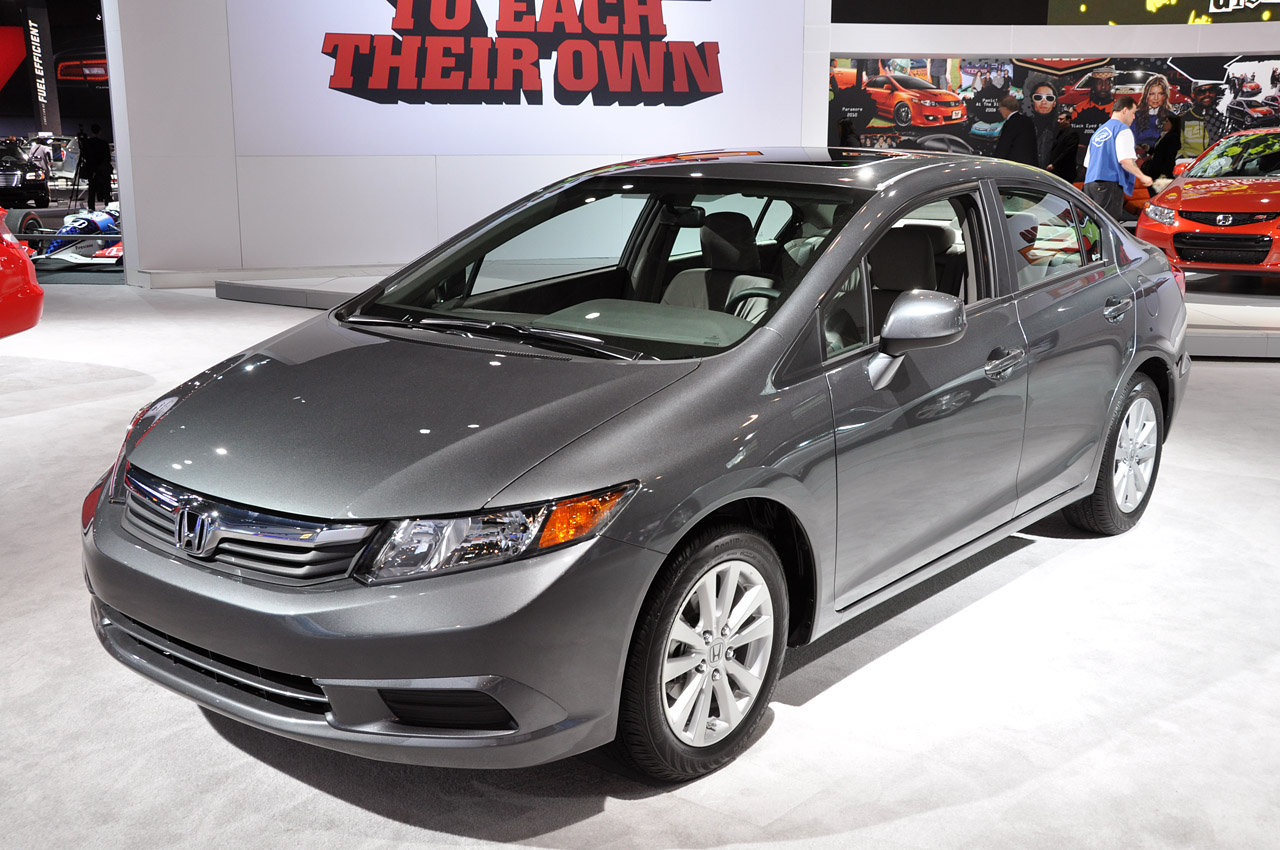 2012 honda civic sedan pricing 15 800. Black Bedroom Furniture Sets. Home Design Ideas