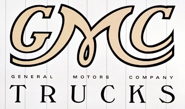 Lighted GMC Emblem http://ca.autoblog.com/2012/01/03/gmc-fluff-story-de-fluffed/