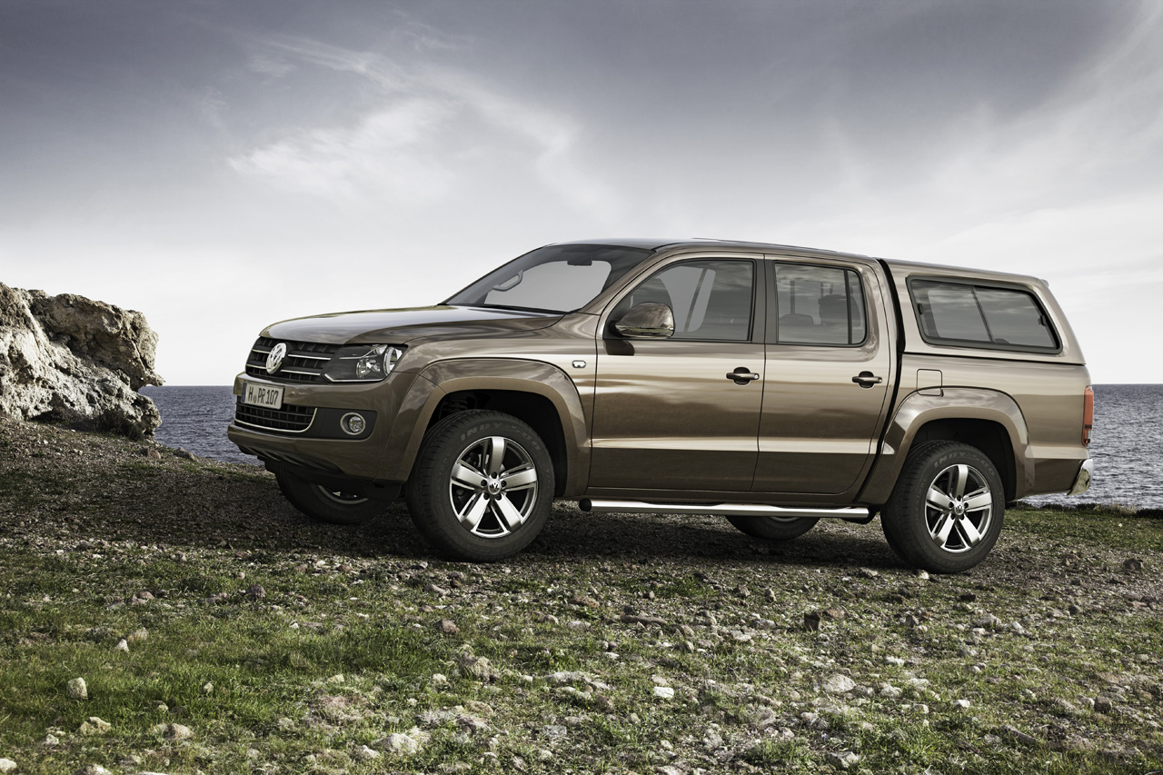 volkswagen amarok pickup is coming to canada. Black Bedroom Furniture Sets. Home Design Ideas