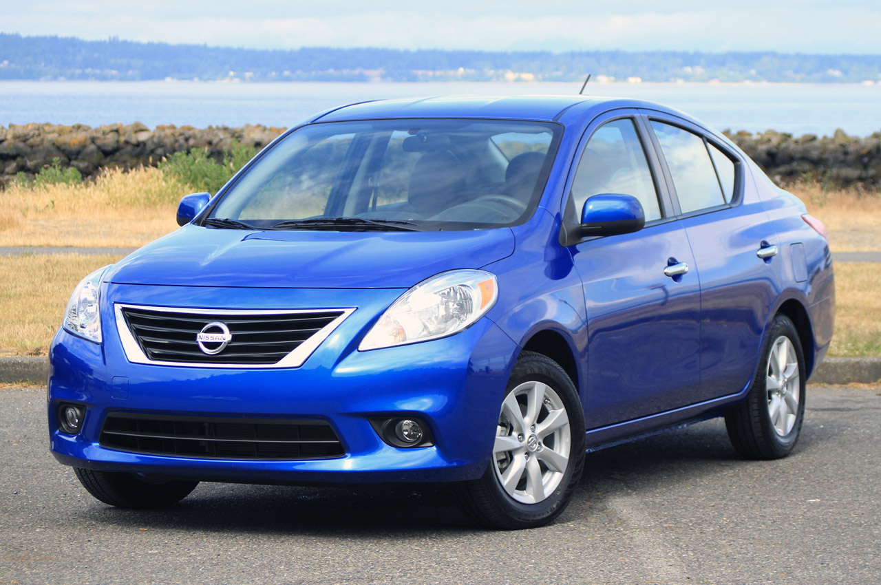 nissan prices the 2013 versa cube and armada. Black Bedroom Furniture Sets. Home Design Ideas