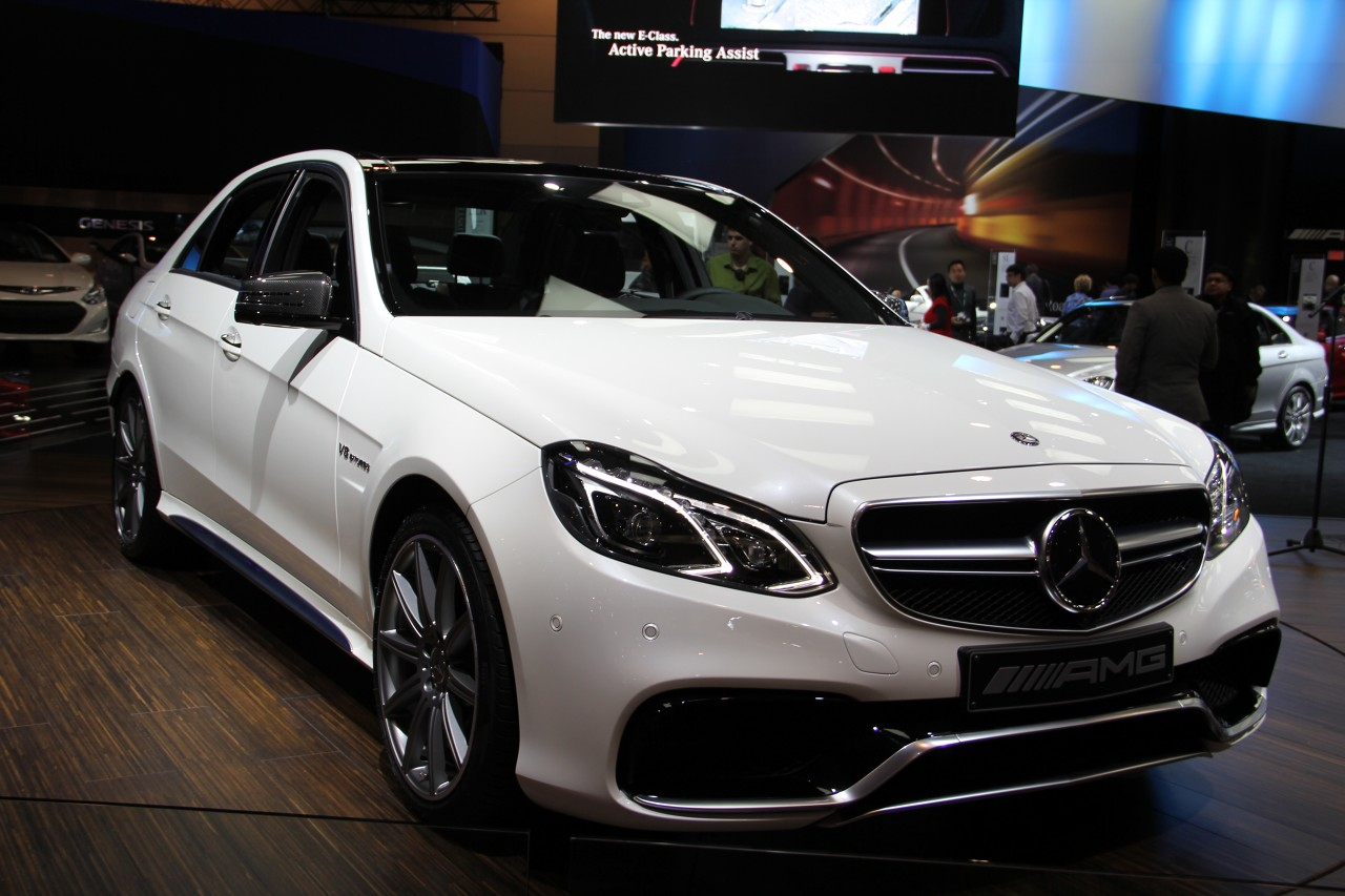 2014 mercedes benz e class shows off striking new shape - Mercedes car show ...