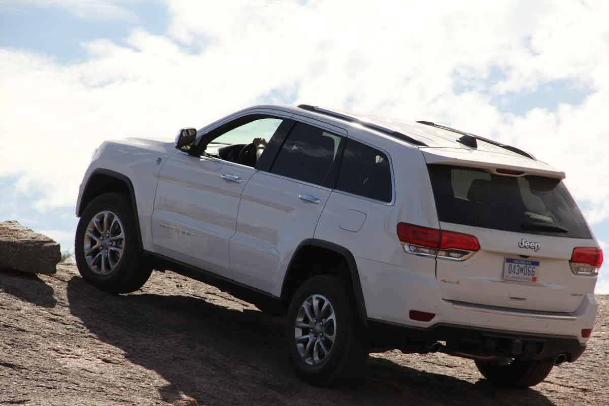 jeep grand cherokee news autoblog canada rachael edwards. Cars Review. Best American Auto & Cars Review