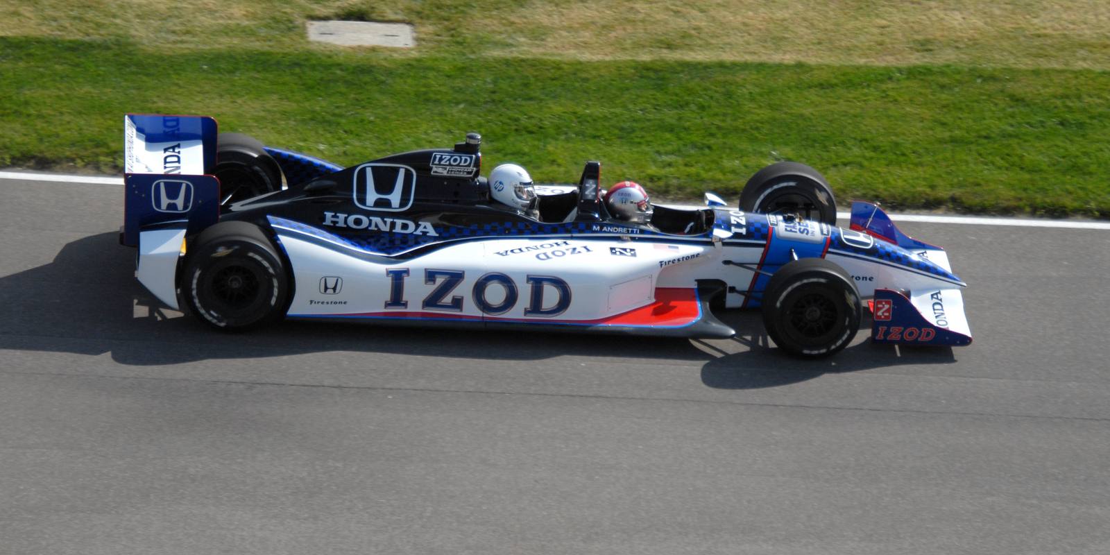 91 year old woman takes 290 km/h Indy car ride, proves racing has ...