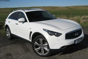 Road test: Infiniti FX30d S