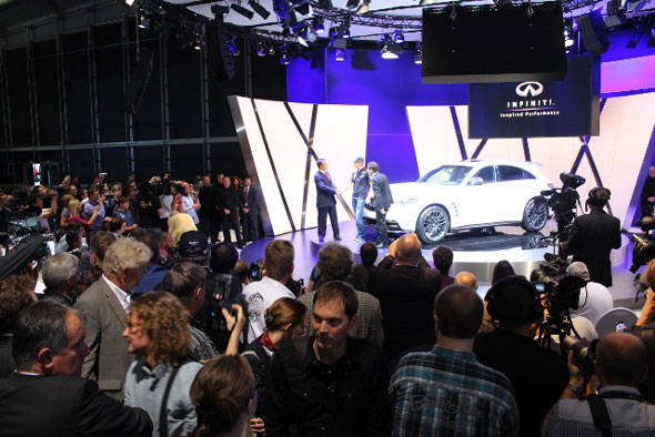 Infiniti Stand at Frankfurt