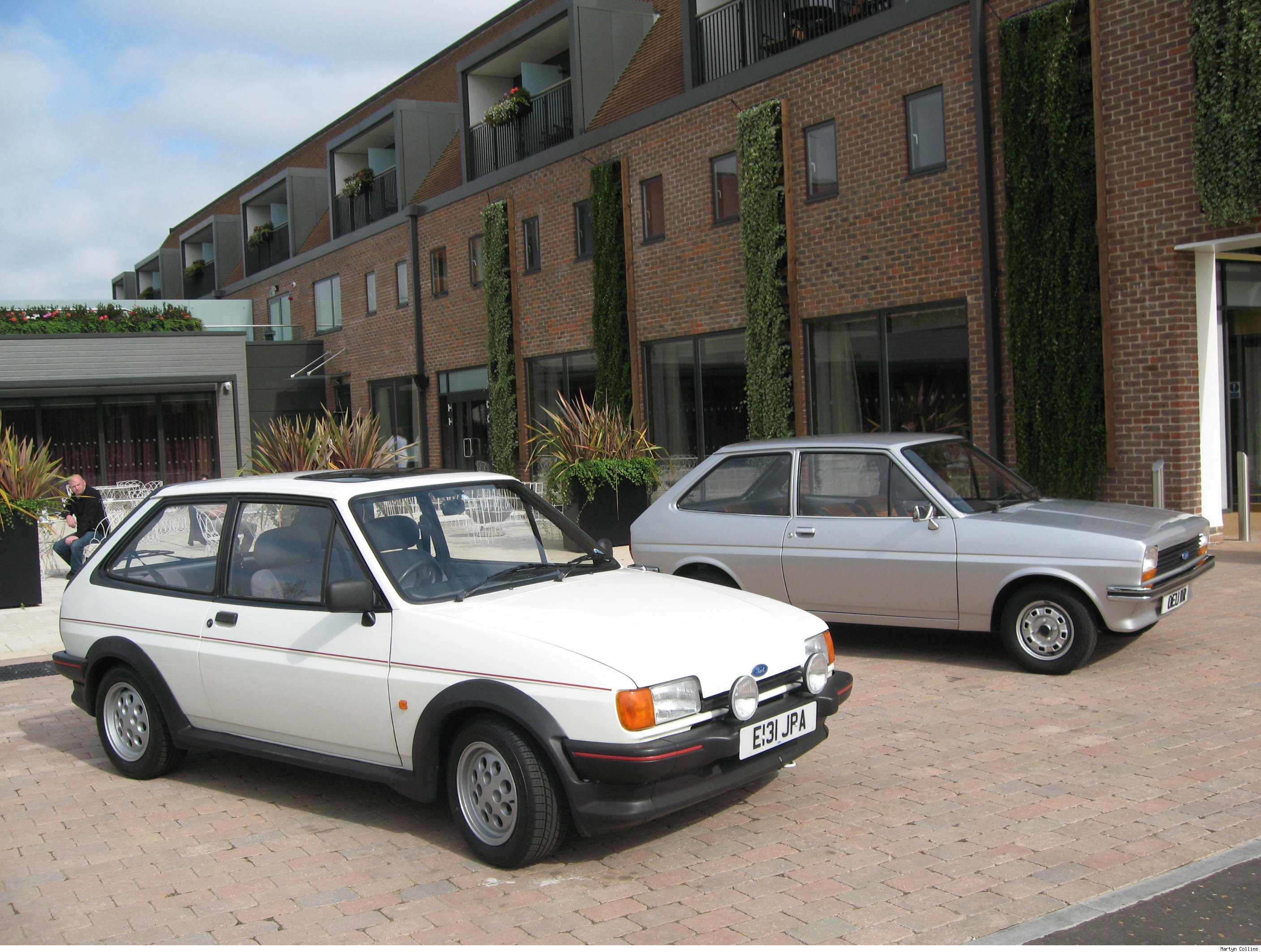 ford fiesta xr2 mk2 aol cars uk. Black Bedroom Furniture Sets. Home Design Ideas
