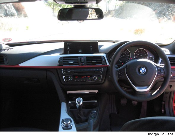 BMW 3-Series dash