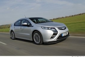 Vauxhall Ampera: First UK drive review