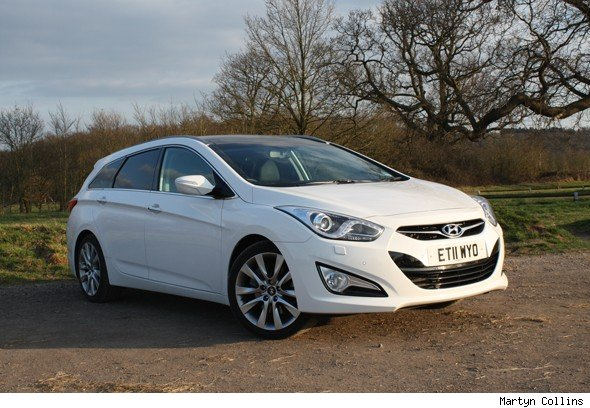 Hyundai i40 Tourer 1.7 CRDi Premium: Road test review | AOL Cars UK