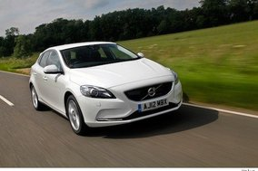 First drive review: Volvo V40