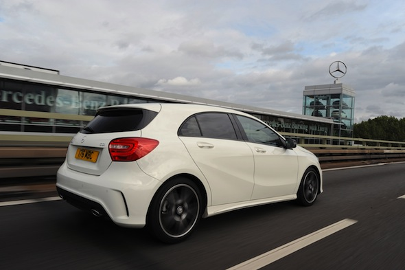 Mercedes-Benz A 220 CDI BlueEFFICIENCY AMG Sport