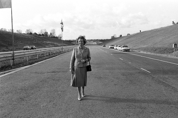 1986 - M25 opens