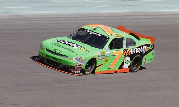 Danica Patrick is first woman to claim pole at Daytona 500